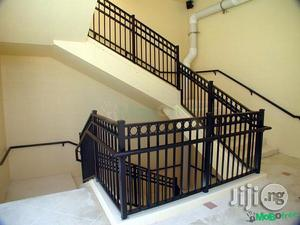 Steps Handrail With Galvanized Round Pipe   Building Materials for sale in Rivers State, Port-Harcourt