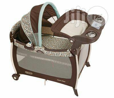 Graco Pack N Play Silhouette Baby Bed
